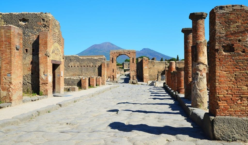 rome-pompeii-tour