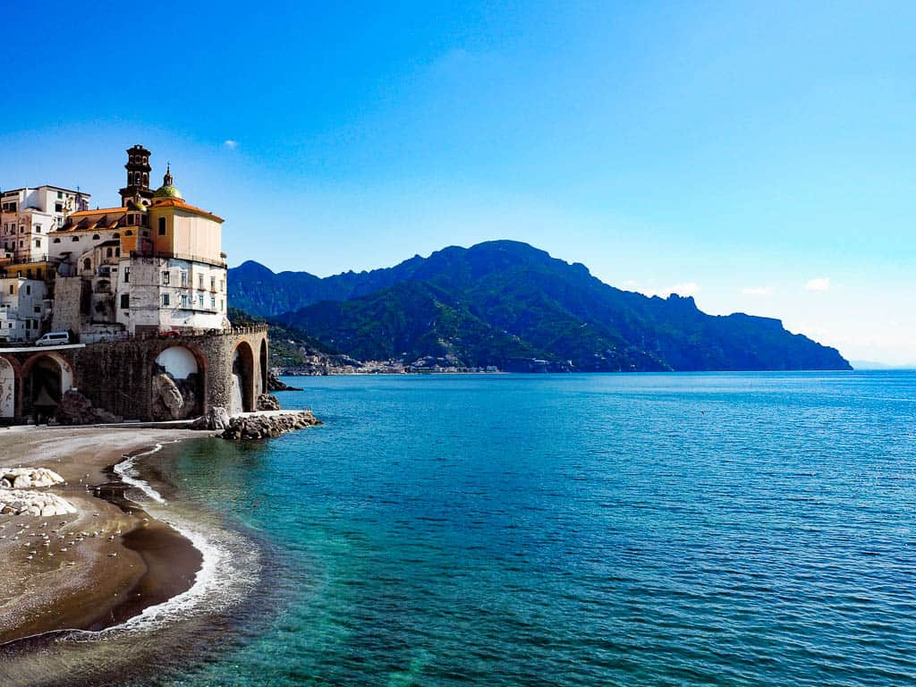 amalfi coast travel book