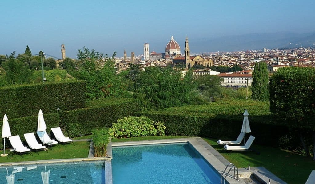 florence hotels with pool