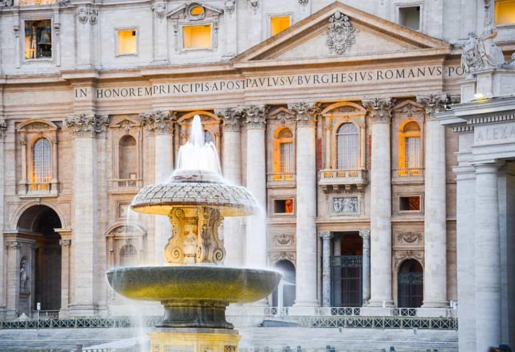 bernini fountain rome
