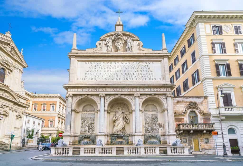 Fontana dell'Acqua Felice rome